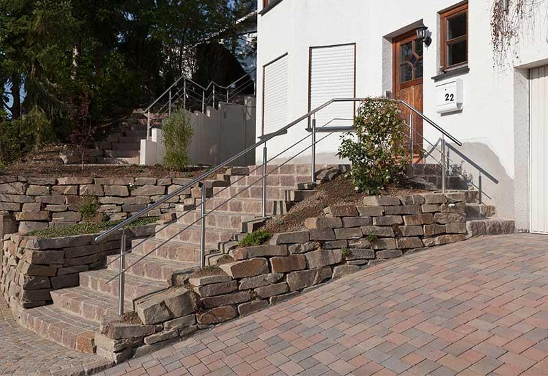 Steintreppe Garten steine im garten georg oberdörfer garten und landschaftsbau